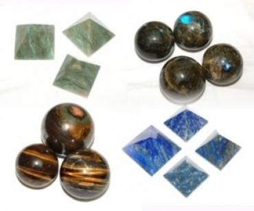Spheres - Pyramids
